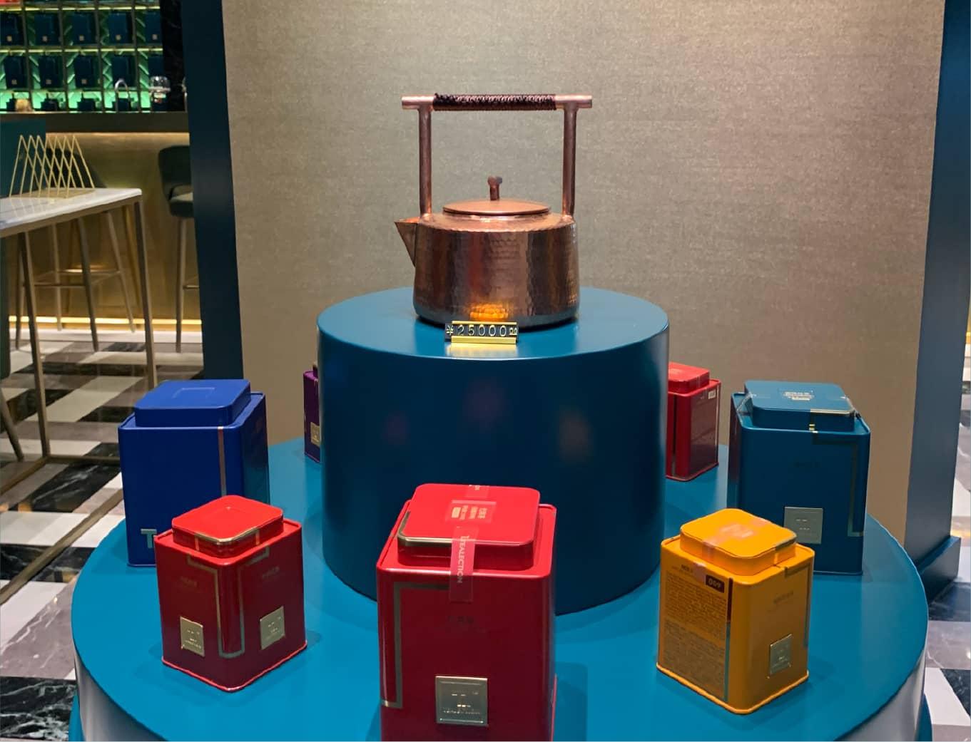 Teatones teapot design and showcase in retail China